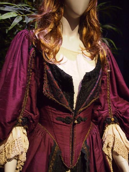 Elizabeth Swan Costume